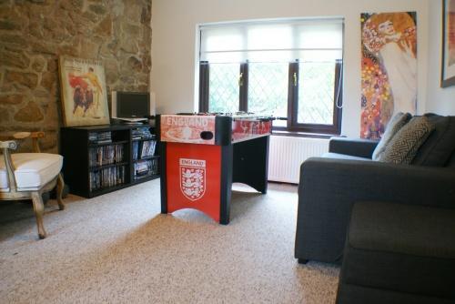 Annex: Lounge