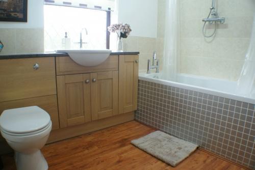 Annex: Bathroom