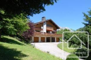 5 bed Chalet in Le Grand Bornand...