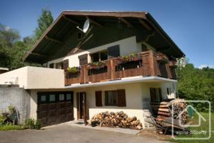 4 bed Chalet for sale in Saint Gervais les Bains...
