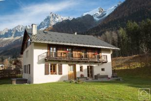 5 bed Chalet for sale in Chamonix, Haute Savoie...