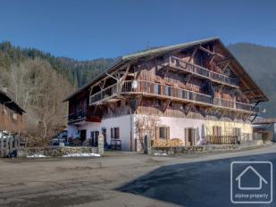 Chalet for sale in Samoëns, Haute Savoie...