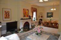 3 bed new development for sale in Oakwood Grange Lane...