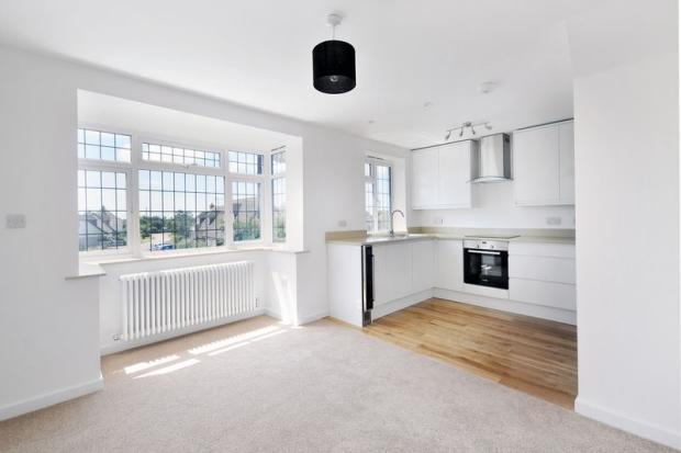 Kitchen/Living Rm