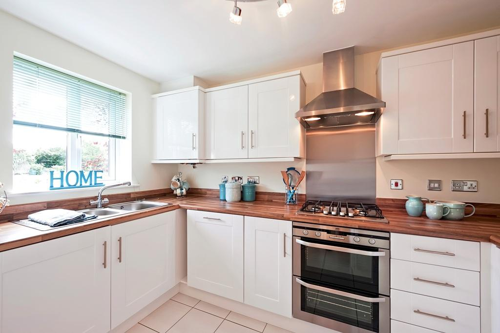 3 Bedroom Town House For Sale In Stradey Park Llanelli