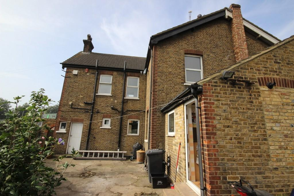 3 Bedroom Semi Detached House For Sale In Priory Road