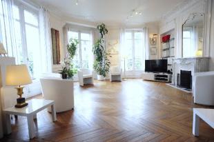 3 bedroom Apartment for sale in Paris 9th Arrondissement...