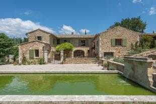 Castle in LOURMARIN, The Luberon for sale