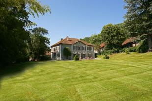 7 bedroom property in CHINDRIEUX, Haute Savoie...