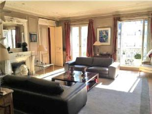5 bed Apartment for sale in Paris 16th...