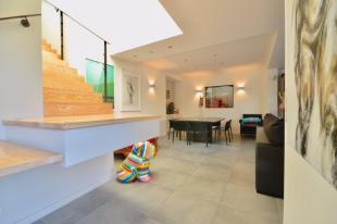 5 bedroom property in BORDEAUX, Bordeaux Area...