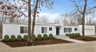 4 bedroom home in East Hampton...