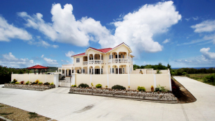 4 bedroom home in Gros Islet