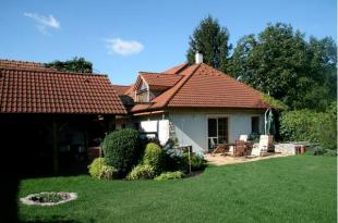 Detached house in Bratislava Region...