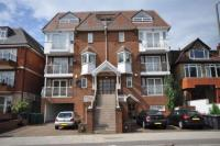 Apartment in Queens Road, London, NW4