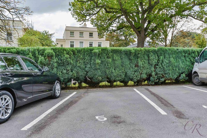 Car Parking Sp...