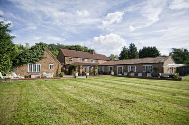 5 Bedroom Detached House For Sale In Church Lane Broughton North Lincolnshire Dn20 Dn20