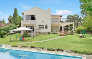 6 bed home in Gauteng, Sandton