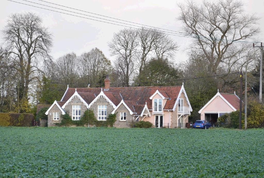 Besthorpe, Norfolk,