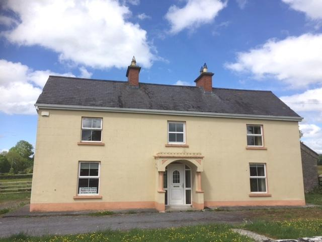 3 bed Detached home for sale in Carrick On Shannon...