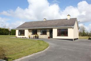4 bedroom Detached home for sale in Carrick-on-Shannon...