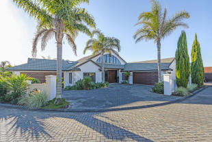 property for sale in Seacrest Drive, West Harbour, Auckland, New Zealand