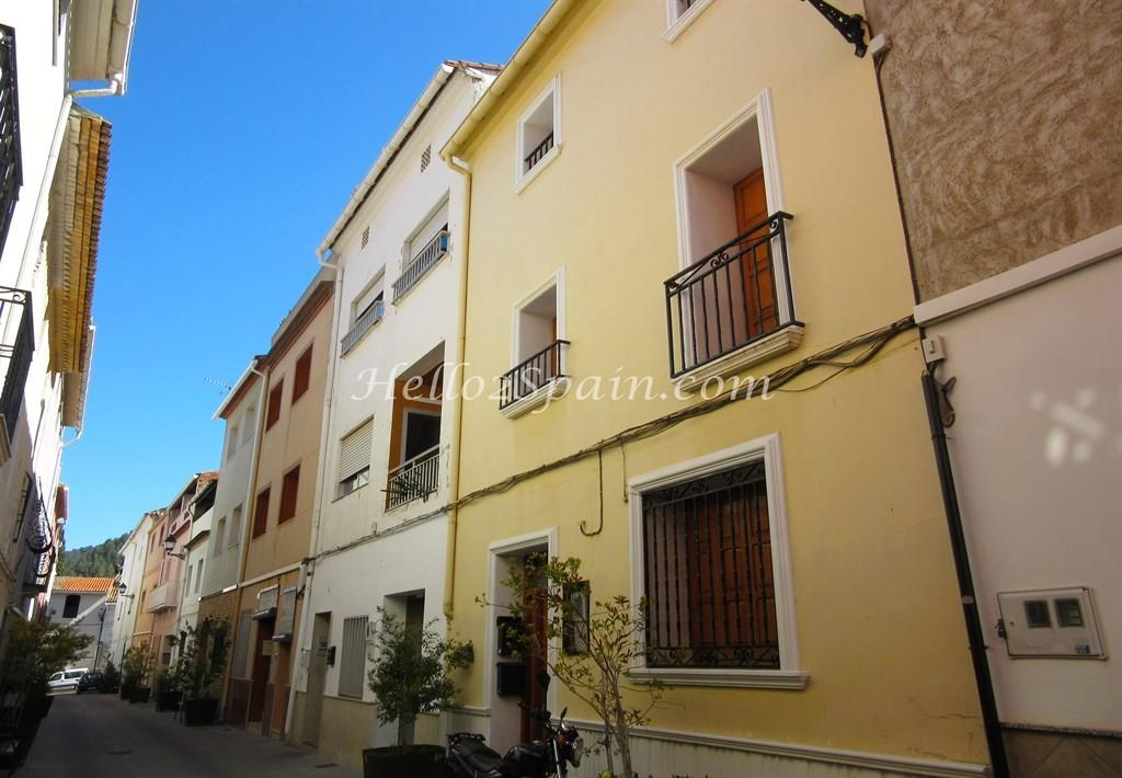 Town House in Valencia, Valencia...
