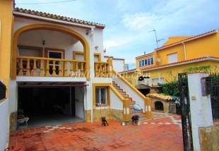 4 bed Semi-detached Villa in Valencia, Valencia, Oliva