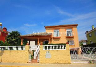 4 bed Detached Villa in Gandía, Valencia...
