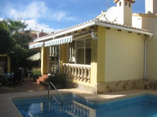 2 bed Villa in Valencia, Alicante, Denia