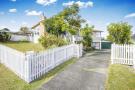 64 Ellis Ave property for sale