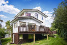 6 bedroom house in 20 Finlow Drive...