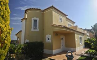 5 bed Villa in Alvor, Algarve