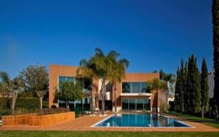 5 bed Villa for sale in Vilamoura...
