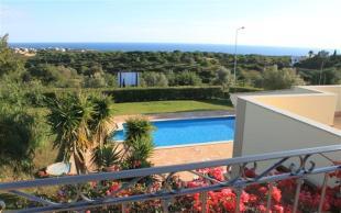 Villa for sale in Carvoeiro...