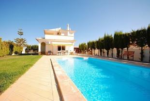 Villa in Algoz, Central Algarve