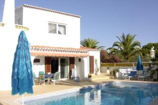 5 bed Villa in Carvoeiro CENTRAL...