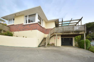 3 bed home in 10 Chisholm Place...