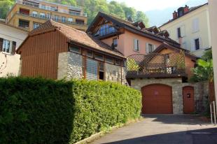 4 bedroom house in Montreux