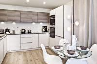 2 bed new Apartment in Queensland Road, London...