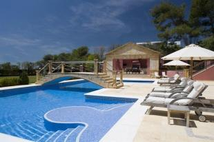 8 bed Detached Villa in Andalusia, Mlaga...