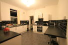 6 bedroom Terraced house to rent in Albany Road, Penylan...
