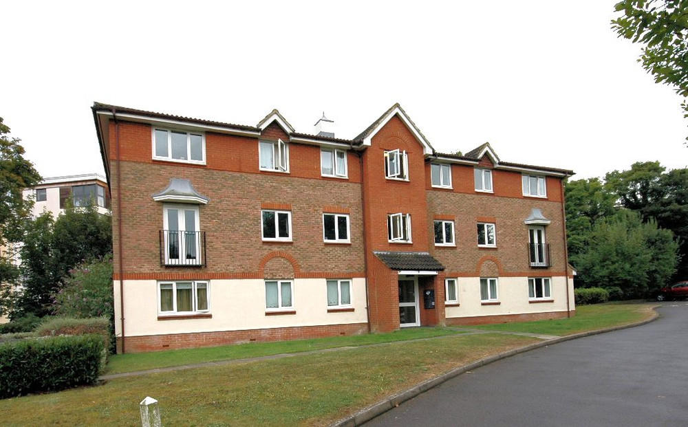 2 Bedroom Apartment To Rent In Lindisfarne Gardens Maidstone Kent ME16