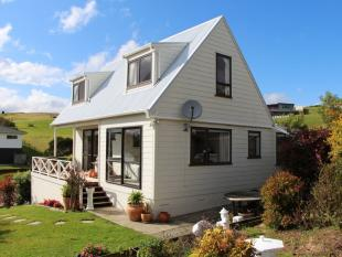 property for sale in Stratford Drive , Cable Bay 0420