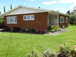 2 bedroom house in 45 Totara Street...