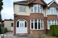 3 bed semi detached house to rent in Lymer Road, Bushbury...