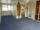 2 bed Maisonette to rent in High Street, London, N14