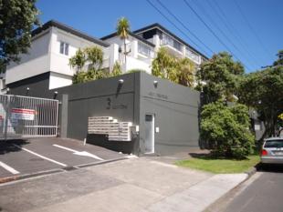 2S/3 Keystone Avenue Apartment for sale