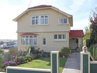 3 Devon Terrace property