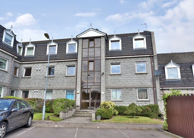 2 Bedroom Flat To Rent In Ruthrieston Terrace Aberdeen Ab10